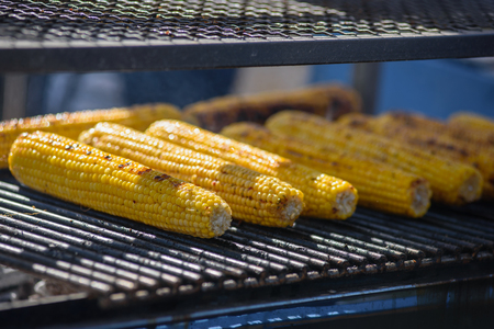 Grilled yellow corns