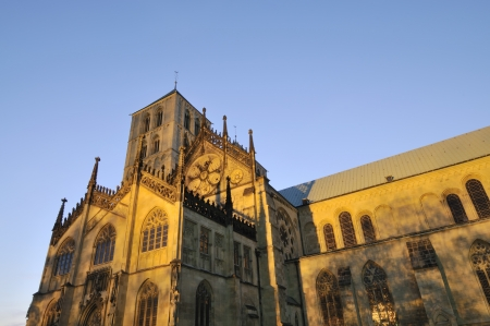 paulus: Night shot of the famous St. Paulus Cathedral in Muenster, Germany.