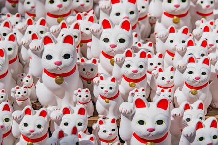 maneki: Maneki neko also known as chinese fortune cat Stock Photo