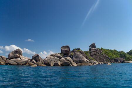 water s edge: Bella costa paesaggio mare su isole Similan, Thailandia