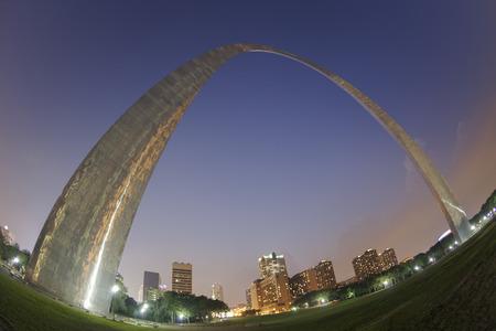 st louis: St Louis Gateway Arch sunset fisheye view