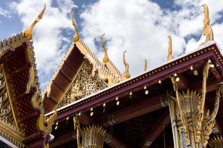 bouddha: L'architecture de l'or au Temple du Bouddha d'�meraude de le Wat Phra Kaew � Grand Royal Palace