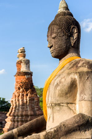 pra: Old Buddha with stupa at Wat Pra Mahathat, Ayutthaya, Thailand