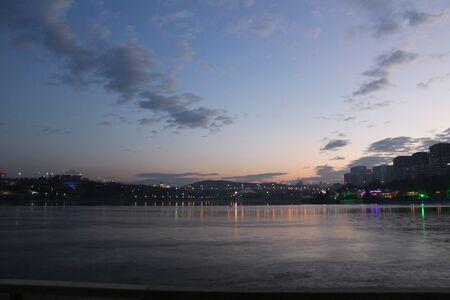 Lake Reflection Фото со стока