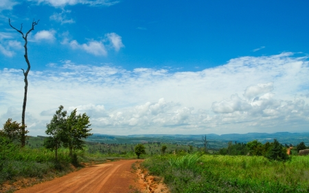lagging: non-asphalt road on the moutain
