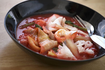 chinese noodle: seafood chinese noodle