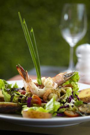 restuarant: asian shrimp salad in restuarant