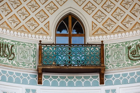 decorative balcony: Balcony in the Arab style in the terrace of Vorontsov Palace in Alupka, Crimea