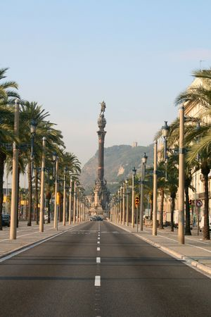 columbus: Columbus boulevard in Barcelona, Spain.
