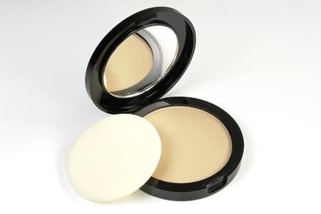makeup powder: Compact Powder