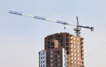 multistorey: Construction of the new multi-storey building in the city Stock Photo