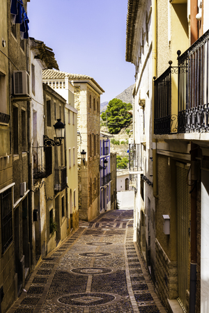 Mediterranean architecture in Spain. Cozy streets of the old town of Xavia or Javea 스톡 콘텐츠