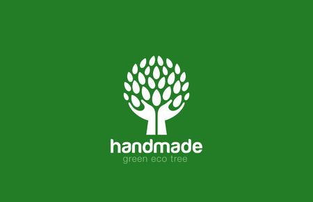 Handen Holding van de Boom met bladeren Logo Abstract cirkelvorm. Eco groen logo concept pictogram natuurlijke Farm.