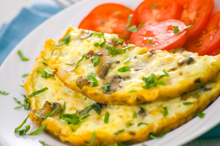 omelette: Omelet with mushrooms