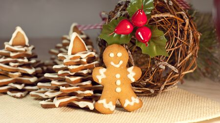 gingerbread: Gingerbread man and Christmas tree