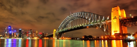 down lights: Sydney Bridge