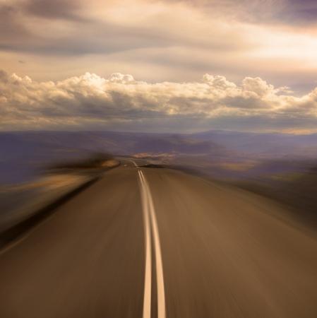 fast forward: Sulla strada