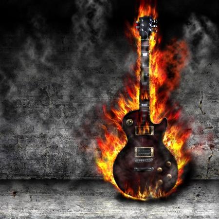 La chitarra brucia nella vecchia stanza Archivio Fotografico - 20014287