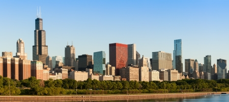 Chicago downtown skyline bij zonsopgang waaronder Lake Shore Drive