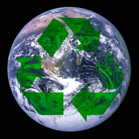 waste water: Recycling symbol and Earth