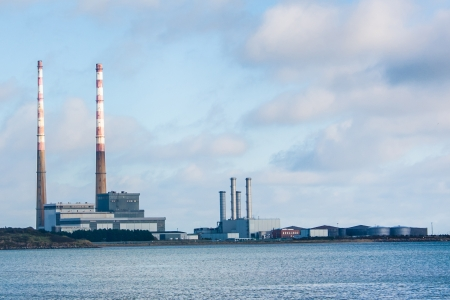 generating station: Poolbeg Generating Station in Dublin city bay