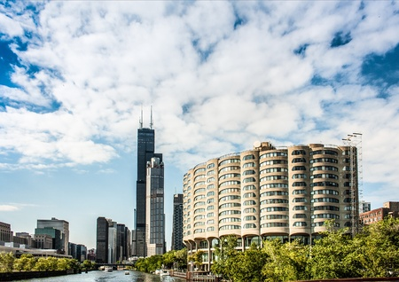 the sears tower: River City Apartments and Sears Tower