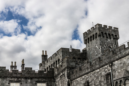 parapet wall: Kilkenny Castle crenelated parapet