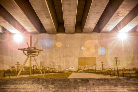 indianapolis: Indianapolis skyline as wall drawing on the support column of an overpass