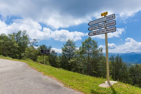 foothill: Road sign on the D72 directing towards Foix