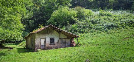 Little barn on French farmland in Riverenert