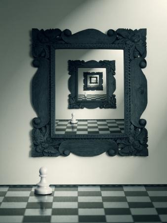 Spiegeltje aan de wand en de pion schaak en hun herhaalde reflectie in de spiegel Stockfoto