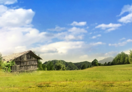 Beautiful landscape countryside with an isolated hut in summer Stock Photo - 19299383