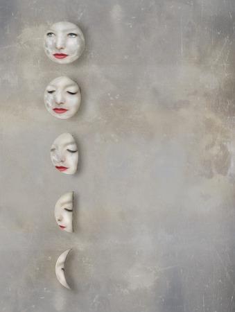 cicla: Imagínese de un fases lunares con el rostro de una mujer dentro de las lunas