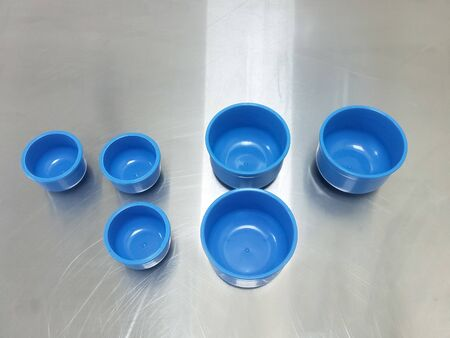 Blue Plastic Galipot Using For Medical And Surgical Procedure