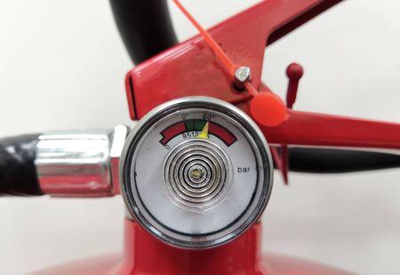 Closeup Image of Fire Extinguisher Pressure Indicator Gauge Archivio Fotografico