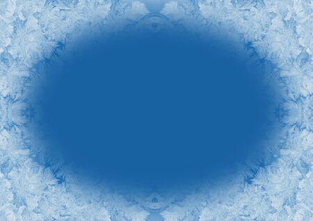 Świąteczne tło w modnym kolorze 2020 Classic Blue. Zimowe mroźne okienko z miejsca na kopię. Modny niebieski ton. Zdjęcie Seryjne