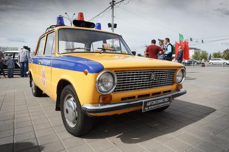 Vintage Polizeiauto VAZ 2111 bei der Ausstellung von Oldtimern. Sommer. Weißrussland. Vitebsk. 2017.