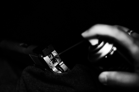 Gun cleaning.Do not focus on objects.Monochrome tone. Banco de Imagens
