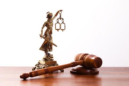 dama de la justicia: Ley