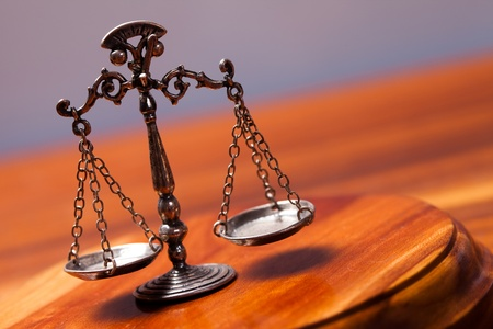 derecho penal: Ley