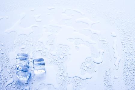Ice cubes & aqua Standard-Bild