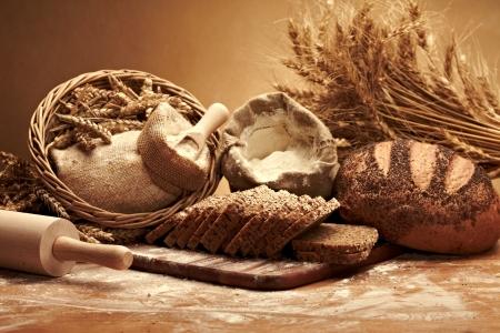 Traditionelles Brot Standard-Bild - 14940474