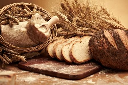 breakfast food: Traditional bread