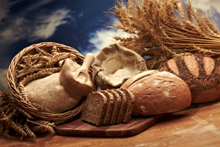Traditionelles Brot Standard-Bild - 14940460