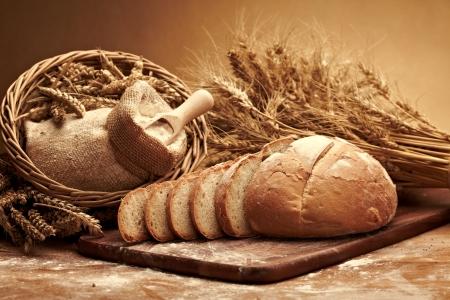 Traditionelles Brot Standard-Bild - 14940391