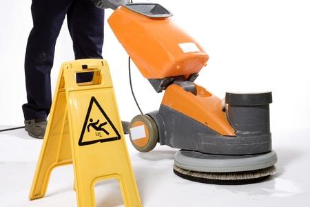 pulizia pavimenti: macchina di pulizia
