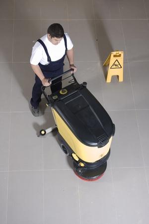 floor machine: m�quina de limpieza