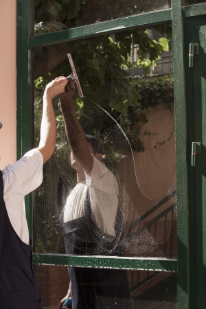 house cleaner: window cleaning Stock Photo
