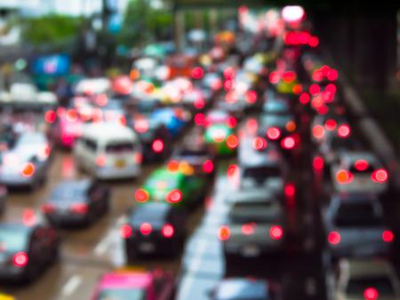 交通: タイのバンコクで抽象的なぼかし交通渋滞。