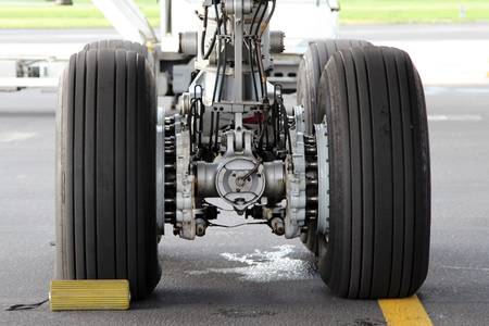 Aircraft main landing gear photo